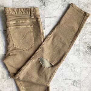 EUC Free People Busted Knee Skinny Jeans (size 29)